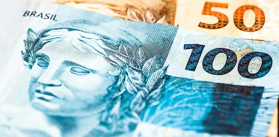 Dinheiro real pagamentos instantâneos 513914